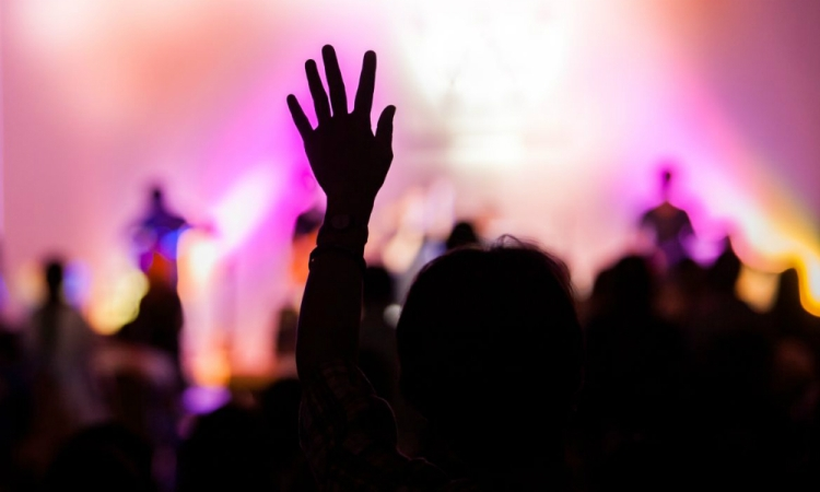 Evangelical-worship-must-become-counter-cultural-once-again